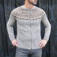 Gamallegur Pullover or Cardigan pattern by Hélène Magnússon Knitting Projects, Knitting Patterns, Ravelry, Sweaters For Women, Men Sweater, Cardigan Pattern, Iceland, Pullover, Blouse