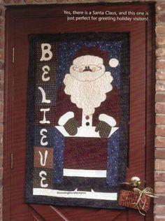 Santa Days Quilt Pattern Pieced NM