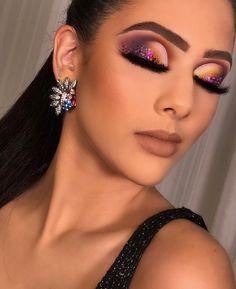Make por Ligiane Florêncio ❤ Makeup Eye Looks, Beautiful Eye Makeup, Flawless Makeup, Smokey Eye Makeup, Glam Makeup, Eyeshadow Makeup, Cute Makeup, Creative Eye Makeup, Colorful Eye Makeup
