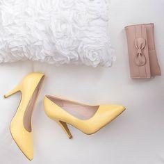 Žluté lodičky Pastelky. #poshme #poshmecz #jsemposh #fancy #fashion #yellowshoes Kitten Heels, Pumps, Instagram Posts, Shoes, Fashion, Choux Pastry, Moda, Zapatos, Shoes Outlet