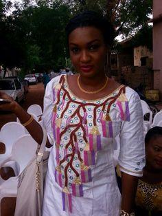 Des supers looks qui peuvent vous inspirer ~African fashion, Ankara, kitenge, African women dresses, African prints, Braids, Nigerian wedding, Ghanaian fashion, African wedding ~DKK