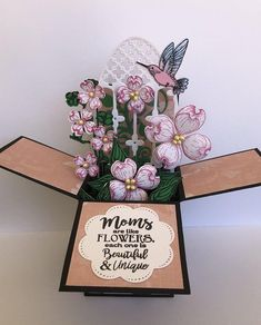 One of a kind paper garden in a 3D Mother's Day box card to send beautiful greetings to the most special person in the world - your mom. #mothersday #mothersdayidea #ad #cards #handmade