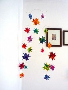 folded paper star mobile. for when i have looooots of time. (Diy Paper Stars)