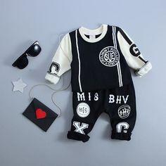 Baby Boy Fashion, Toddler Fashion, Kids Fashion, Fashion Outfits, Kids Clothes Boys, Kids Boys, Victor Hugo, Baby Boy Outfits, Kids Outfits