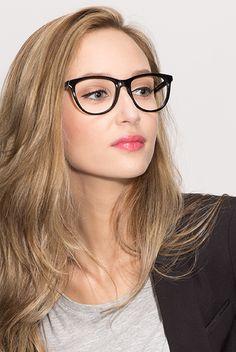 schminken mit brille trotz der brille einen magischen blick zeigen brille str hnen und haar. Black Bedroom Furniture Sets. Home Design Ideas
