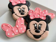 Simple Minnie Mouse Bow cookies with butterfly cookie cutters