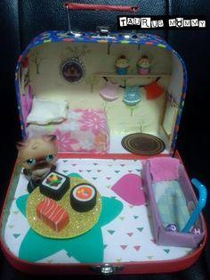 Vintage Littlest Pet Shop DIY Portable Dollhouse: Tour & Tutorial for Ha...