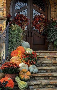 Autumn Decorating, Porch Decorating, Decorating Ideas, Interior Decorating, Thanksgiving Decorations Outdoor, Fall Decorations, Wedding Decoration, Seasonal Decor, Holiday Decor
