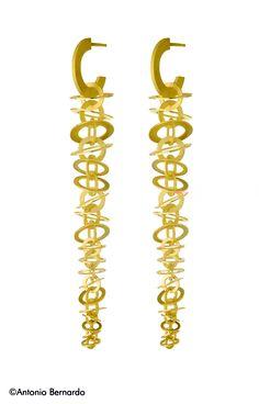 by Antonio Bernardo Jewelry Crafts, Jewelry Art, Craft Jewellery, Fine Jewelry, Jewelry Design, Jewlery, Artisan Jewelry, Handcrafted Jewelry, Earrings Handmade