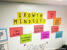 Great ideas and inspiration in this middle school classroom reveal - from decorating to small group areas to hanging posters and anchor charts. Social Studies Classroom, Classroom Freebies, Classroom Posters, Math Classroom, Classroom Themes, Classroom Organization, Classroom Management, History Classroom, School Posters
