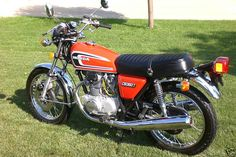 1976 Honda T. Classic Honda motorcycles & hard to find parts in USA, Europe & Australia Classic Honda Motorcycles, Honda Motorcycle Parts, New Motorcycles, Honda Cycles, Honda Bikes, Honda Cb, Classic Motors, Classic Bikes, Soichiro Honda
