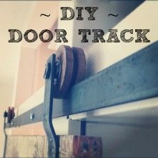 A #DIY tutorial on how to make your own barn door hardware on www.lynneknowlton.com