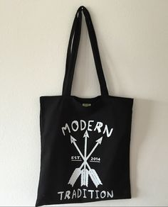 Modern Tradition Apparel Arrow Totebag - Stylish everyday Bag