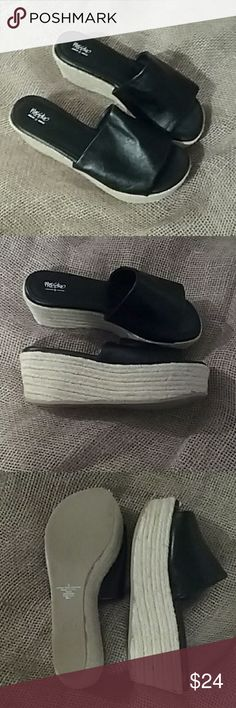 Mossimo wedges Beautiful black platform wedges. never worn Mossimo Supply Co Shoes