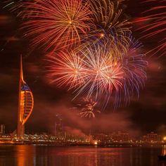 Fireworks over Gunwharf Quays #Portsmouth book a trip http://ift.tt/2fxb3wF