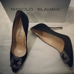 My wedding shoes, manolo blahnik hangisi black