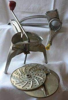 It slices, It dices. I remember my Mom using one of these. Vintage Kitchen, Retro Vintage, Vintage Items, My Childhood Memories, Sweet Memories, Oldies But Goodies, Old Toys, The Good Old Days, Nostalgia
