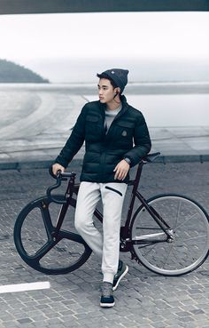 "Kim Soo Hyun Looks Handsome in ""Beanpole"" Outdoor Clothing Photoshoot Hyun Kim, Jun Ji Hyun, Asian Actors, Korean Actors, Asian Boys, Asian Men, Cha Seung Won, Song Joong, My Love From The Star"
