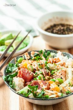 Healthy Poke Bowls (with Sriracha Mayo) - Chew Out Loud
