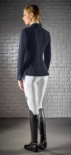 The Equiline Gait Jacket is head and shoulders above the competition. The X-Cool technical fabric keeps you cool and dry. With ventilation so good, you do not have to worry about under-arm perspiration.