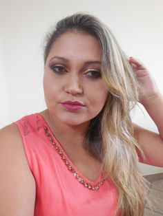 Maquiagem dourada para as noites de verão por Daniele Fernandes
