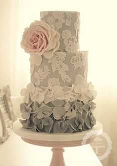 LOVE the blueish grey and lace