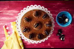 Torta helada de mousse de dulce de leche y galletitas de chocolate