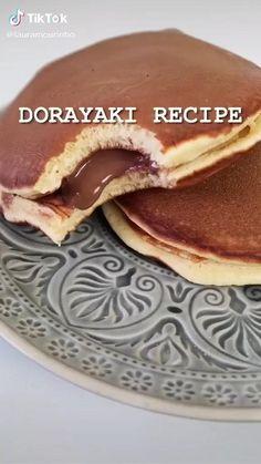 Fun Baking Recipes, Healthy Dessert Recipes, Sweets Recipes, Snack Recipes, Cooking Recipes, Dorayaki Recipe, Low Calorie Desserts, Tasty, Yummy Food