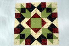 "Make Arrow Crown, a 24"" Quilt Block with Plenty of Layout Options: How to Make 24"" Square Arrow Crown Quilt Blocks"