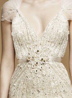 Gorgeous wedding dress detail. Via Inweddingdress.com #weddingdresses