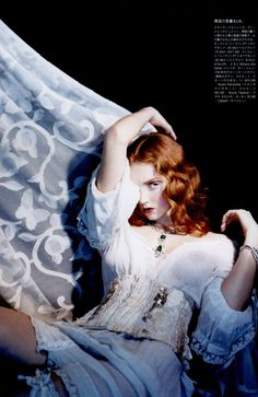 Issue : VOGUE Nippon January 2008 Title : My Delicate Masked Retreat Photography : Sophie Delaporte Styling : Yuki Matsuyama Hair : Cyril Laloue Make-up : Lili Choi Model : Lily Cole Lily Cole, Love Lily, Vogue Japan, Vogue Uk, Interesting Faces, Marie Antoinette, White Fashion, Model Photos, Redheads