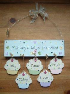 mummy's little cupcakes plaque