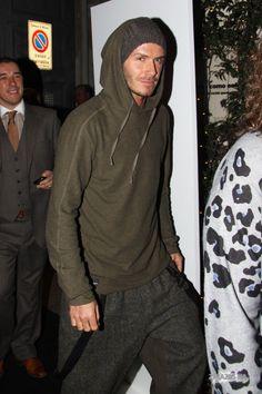 David-Beckham-Fashion-week-Menswear-2010-3.jpg (1300×1950)