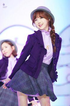 Lovelyz   Kei   Lovelyz performing @ MBC MUSIC Festival