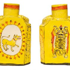 'Dog & Tiger' caddy by Claudia Rankin (slip decorated white faience) Clay Design, Ceramic Design, Ceramic Clay, Ceramic Pottery, Pots, Contemporary Ceramics, Vases, Art Projects, Perfume