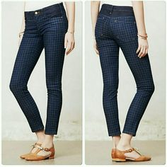 """Anthropologie Pilcro Serif Legging Jean Like new! Beautiful houndstooth coloring!  Waist measurement - 16"""" Inseam - 29""""  Rise - almost 9""""  Content - 89% cotton, 8% polyester and 3% spandex Anthropologie Jeans Skinny"""