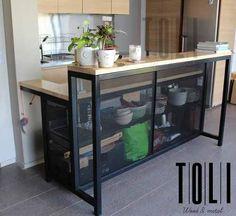 Industrial Design Furniture, Metal Furniture, Rustic Furniture, Furniture Design, Outdoor Bbq Kitchen, Rustic Kitchen, Kitchen Decor, Bar Counter Design, Metal Shelves