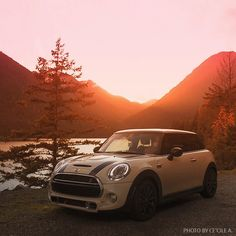Find a #MINIHardtop 2 Door near you and motor to your happy place. See current offers.