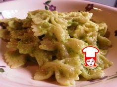 Pasta con pesto di zucchine genovesi
