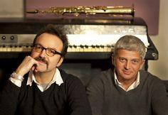 Una delle New Wave band italiane più interessanti negli anni '80, torna in attività negli anni zero.  La loro musica è un distillato di influenze del rock contemporaneo innestato di black music, elettronica,  tracce di folk e velate atmosfere psichedeliche