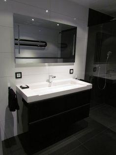 Luxe nieuwbouw badkamer in Terneuzen van alle luxe voorzien, zoals ...