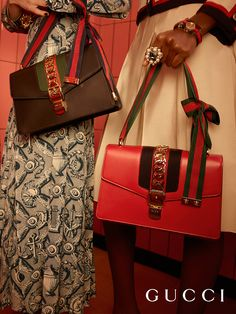 Introducing Gucci Sylvie, the new shoulder bag by Alessandro Michele, first seen on the catwalk last September in Milan. Co-mixing a bourgeois attitude with signature Gucci elements, the bag features the Web stripe on the front flap underneath a chain detail and buckled closure.