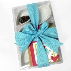 Craft-e-Corner Blog * Celebrate Your Creativity: Wrap It Up! DIY Mothrs Day Gift Idea.