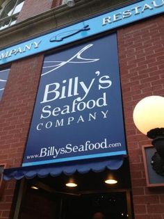 Loved Billy's Seafood Company's restaurant at the corner of the Saint John City Market.  Great seafood.