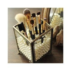 Simple Makeup and Beauty Organization Hacks and Solutions: .- Einfache Makeup- und Beauty-Organisation Hacks und Lösungen: Make-up-Pinsel und Easy Makeup and Beauty Organization Hacks and Solutions: Makeup Brushes and … – Beauty Tips & Tricks - Organisation Hacks, Organizing Hacks, Bathroom Organization, Bathroom Storage, Diy Storage, Diy Hacks, Makeup Vanity Organization, Makeup Brush Storage, Bathroom Ideas
