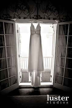 Google Image Result for http://blog.weddingish.com/wp-content/uploads/Hanging-Dress-3-luster-studios.jpg
