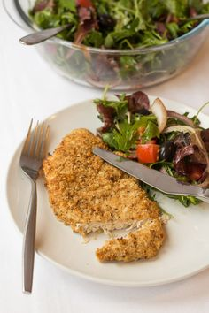 This baked parmesan turkey escalopes dish is just delicious and so easy to make. I think that turkey is often overlooked in favour of chicken but it's ideal for this dish. And it can often be cheaper too, whilst still providing the same amount of protein.