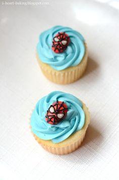 Cupcake Recipes : spiderman cupcakes