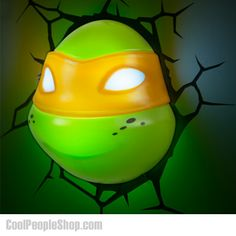 Deco Light ~~ Teenage Mutant Ninja Turtles / Michelangelo ~~ Looks like Michelangelo the Turtle has broken through the wall! Ninja Turtle Room, Game Room Kids, 3d Light, Teenage Mutant Ninja Turtles, Tmnt, Kids Bedroom, Bedroom Ideas, Room Decor, Decorative Lights