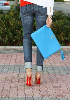 GiGi New York I A Spoonful of Style Fashion Blog I Sky Blue Uber Clutch